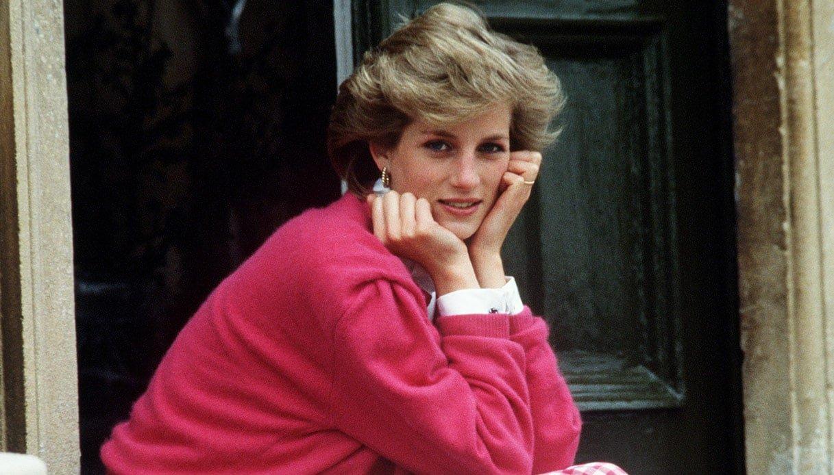 """Lady Diana, inedita testimonianza sull'incidente che le costò la vita """"Mi hanno detto di non parlare"""""""