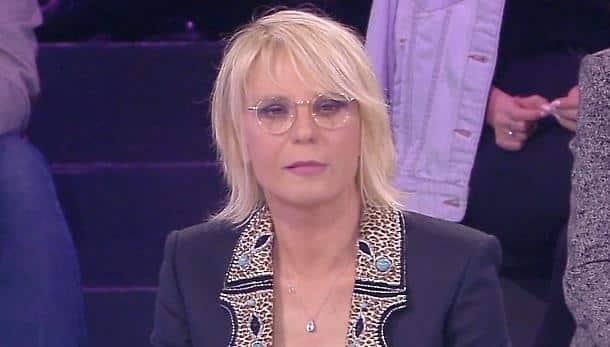 """Maria De Filippi, è scandalo nella sua trasmissione: """"E' senza mutande"""", ecco il retroscena hot"""