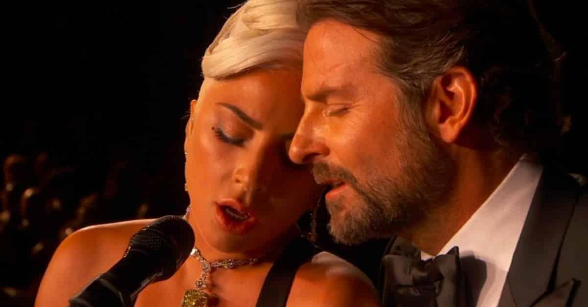 """Lady Gaga, tutti gli amori della star di """"A star is born"""""""