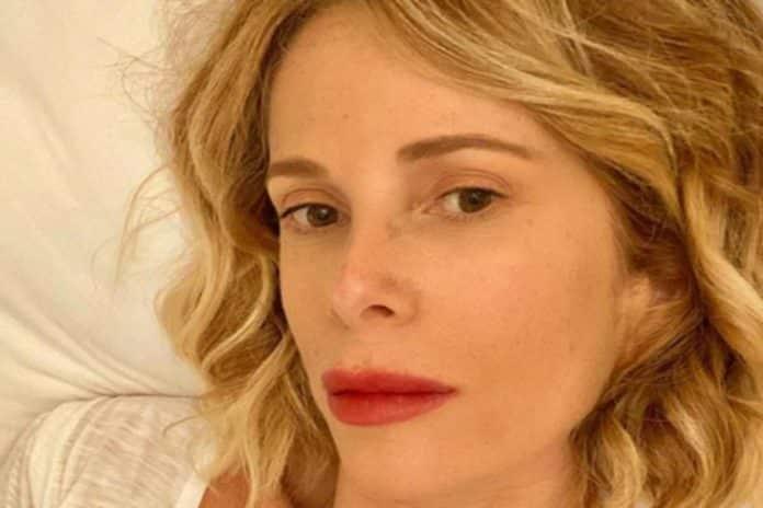 """Alessia Marcuzzi in quarantena, Le Iene deve rinunciare alla conduttrice poi la confessione """"Ho ripreso…"""""""