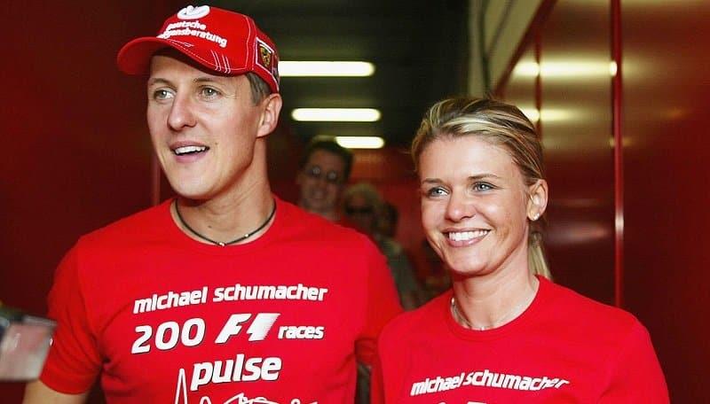 """Michael Schumacher, buone notizie sulla sua salute. La moglie Corinne """"Piccoli passi"""""""