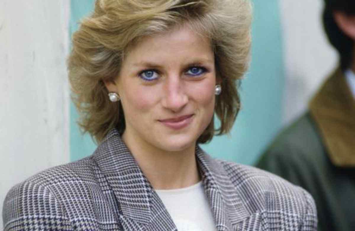 Lady Diana shock, vittima di abusi: la denuncia dopo molti anni