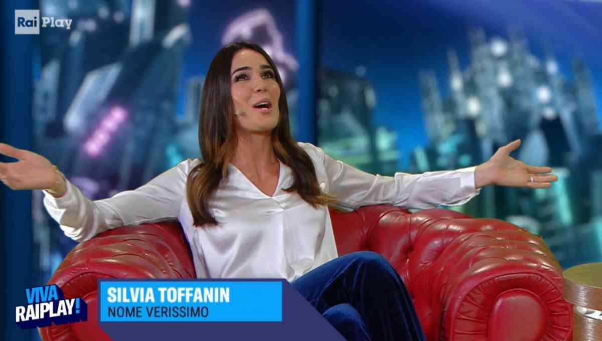 Silvia Toffanin a Viva RaiPlay! Fiorello durante l' intervista fa una una confessione