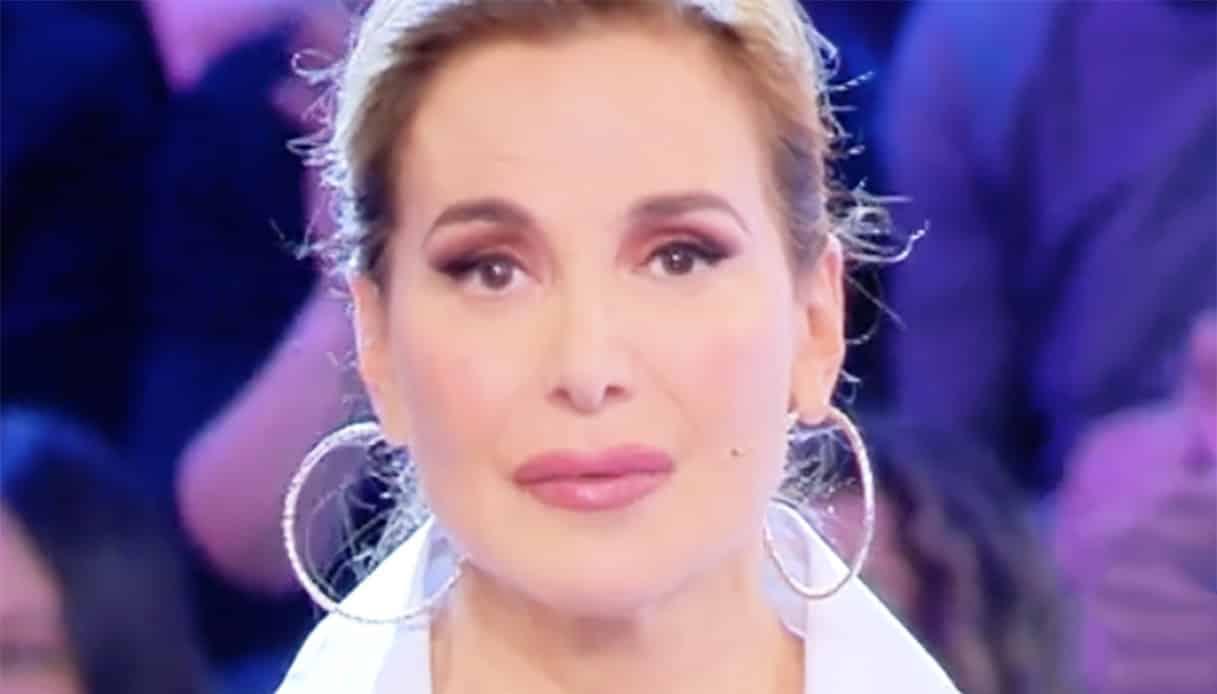 """Barbara D'Urso, racconto drammatico in diretta """"Ho subito minacce di morte"""""""