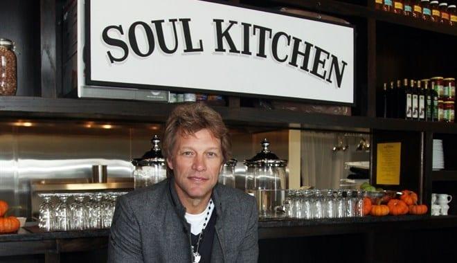 Le cucine dell'anima, i ristoranti di Jon Bon Jovi per aiutare i più bisognosi