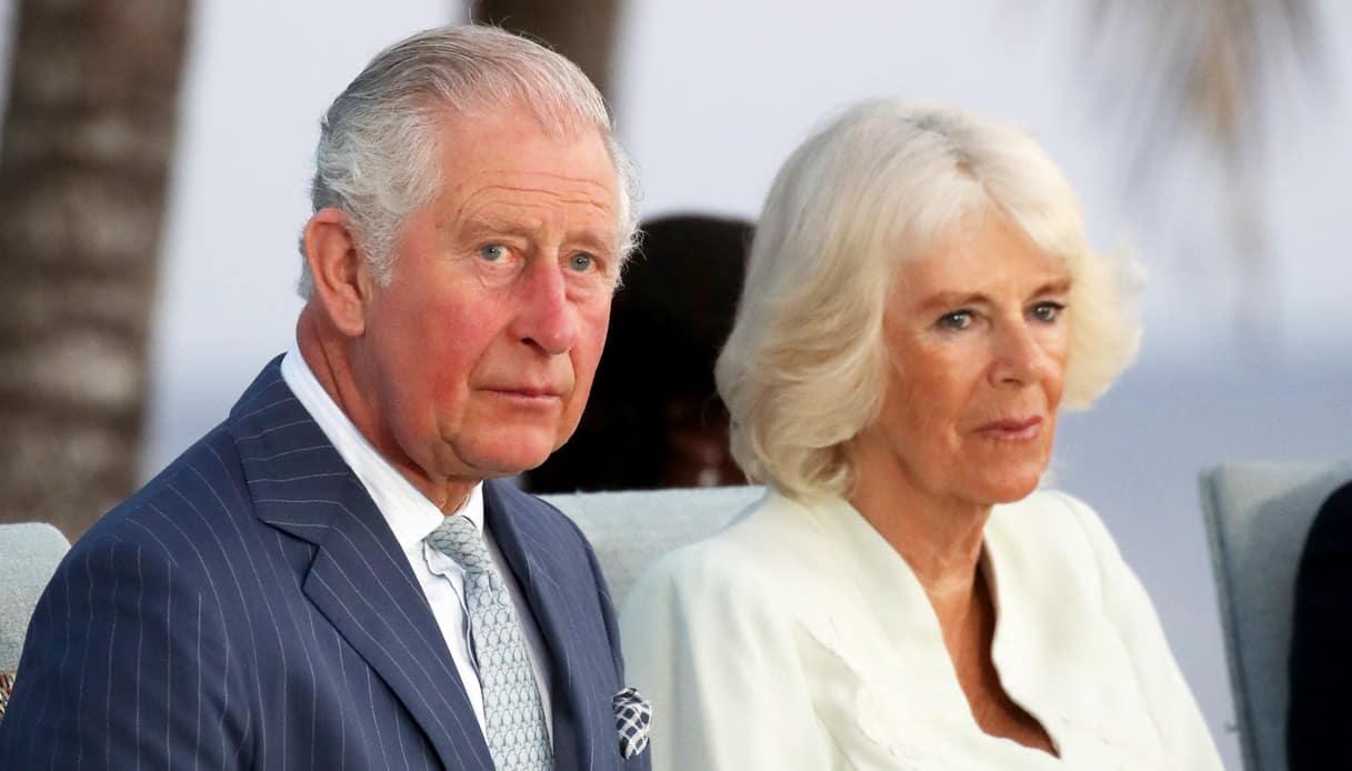 Carlo e Camilla, divorzio in gran segreto: le richieste esose della Bowles per il suo silenzio