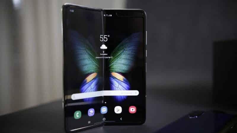Samsung Galaxy Fold finalmente in vendita in Italia per 2.050 euro