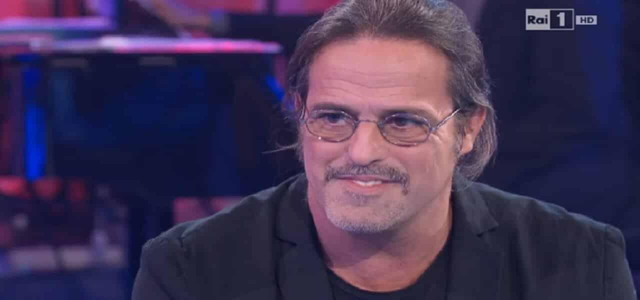 """Marco Baldini papà a 61 anni: è nato Leonardo, """"la gioia più bella"""""""