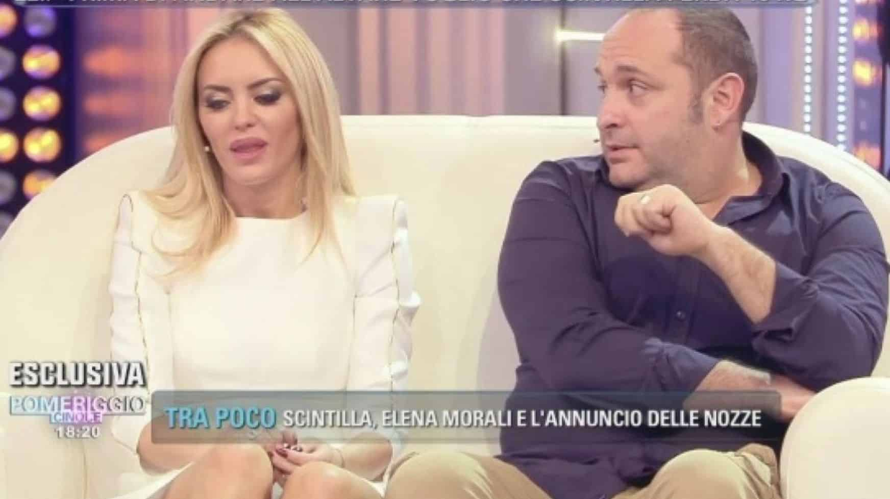 """Elena Morali confessione shock a Pomeriggio 5 """"Io e Scintilla siamo una coppia aperta"""""""