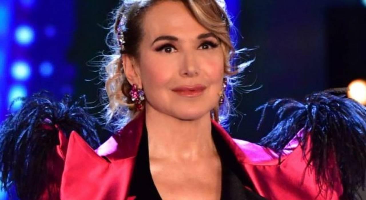 """Barbara D'Urso piange in diretta, l'aneddoto su Stefano D'Orazio: """"non l'ho mai detto prima"""""""