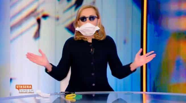 """Barbara Palombelli non chiede scusa: al centro di una bufera """"Ha sbagliato e minaccia di…"""""""