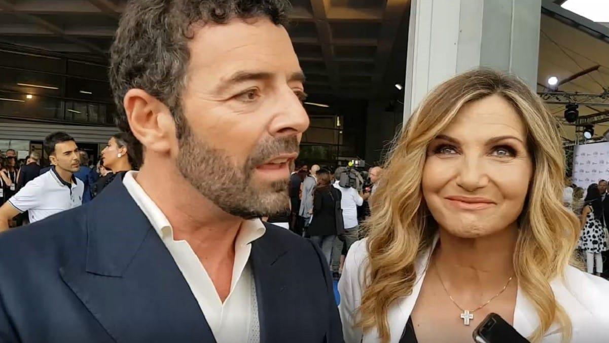 """Alberto Matano e Lorella Cuccarini confessione in diretta """"Lo abbiamo fatto dopo tanto tempo…"""""""