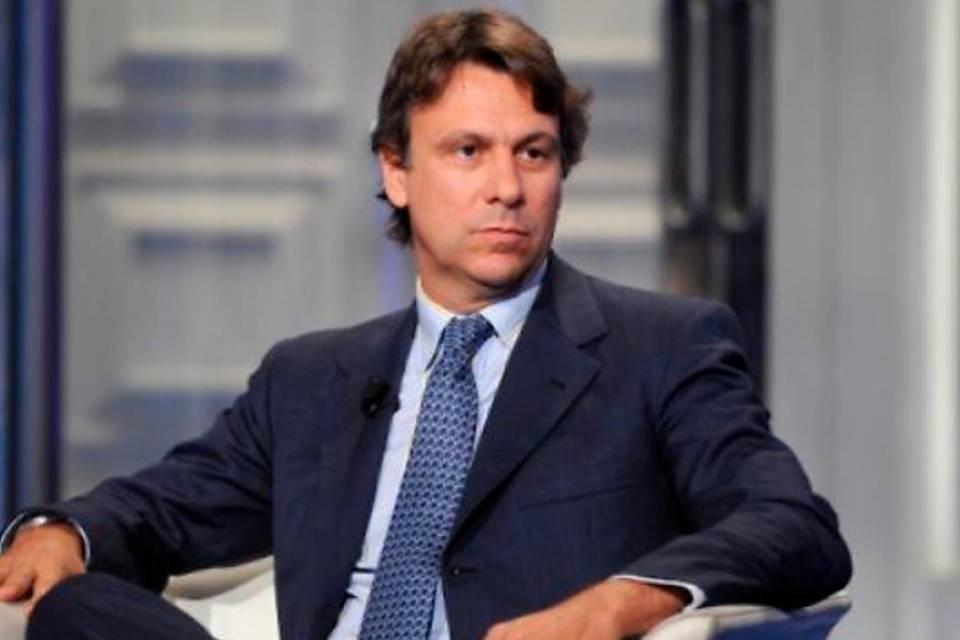 "Coronavirus, Nicola Porro disperato sui social ""Noi positivi abbandonati"""