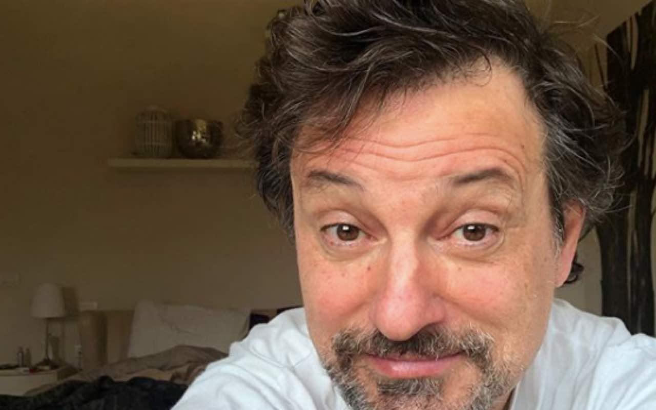 """Leonardo Pieraccioni, l'annuncio inaspettato sui social """"Io non esco più…"""""""