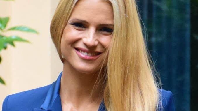 Michelle Hunziker vittima dello scherzo a distanza de Le Iene