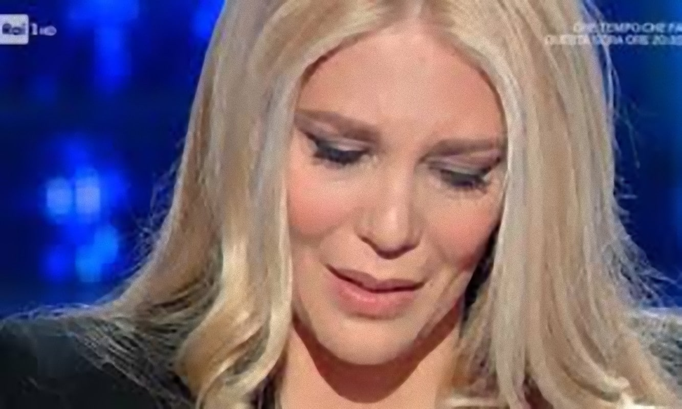 Eleonora Daniele commozione e lacrime in diretta: ecco le sue toccanti parole