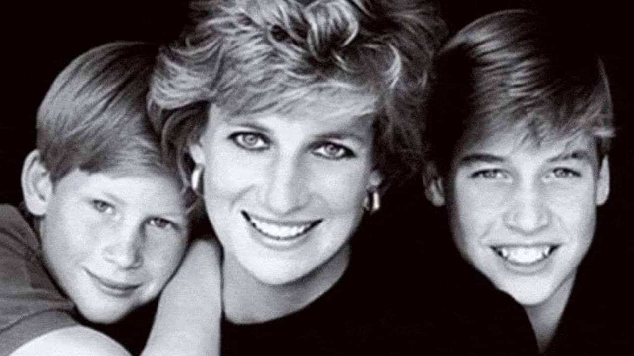 Lady Diana, avverata la profezia: i figli compromettono la memoria della loro mamma