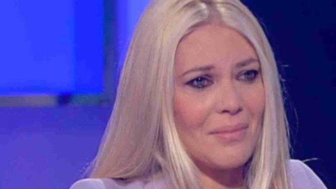 Eleonora Daniele costretta a fare il parto cesareo: