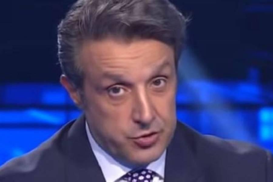 Flavio Insinna, duro colpo per il conduttore: cosa è accaduto a L'Eredità?