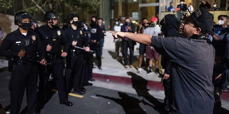 David, ucciso dalla polizia durante le proteste per George Floyd: dava da mangiare gratis agli agenti