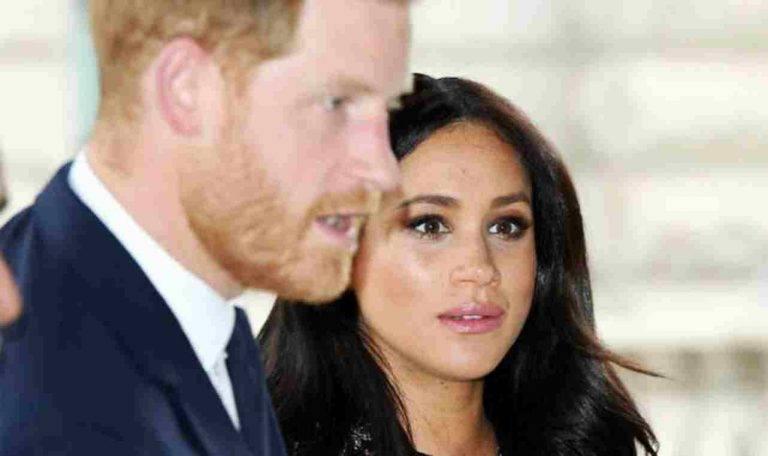 Regina Elisabetta, Meghan e Harry rifiutano l'invito della nonna che non vedrà più Archie