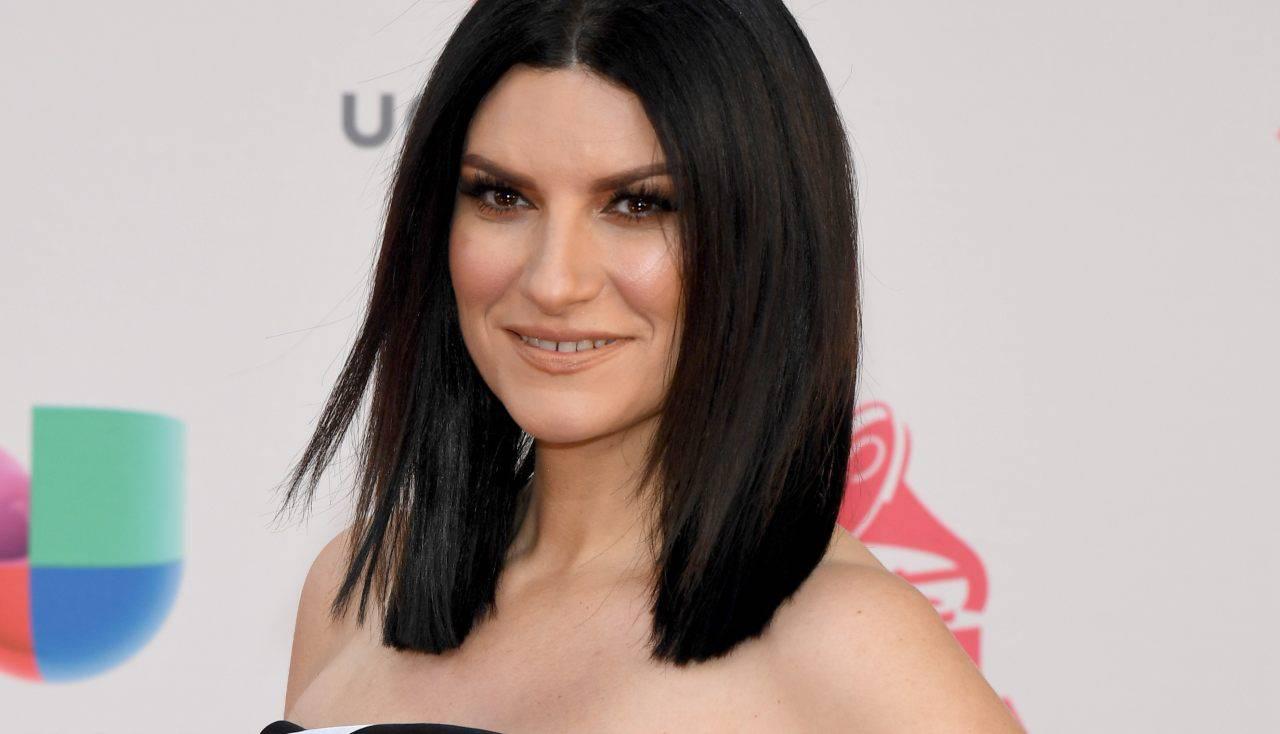 Laura Pausini, avete mai visto la sorella Silvia? La somiglianza tra le due è davvero incredibile