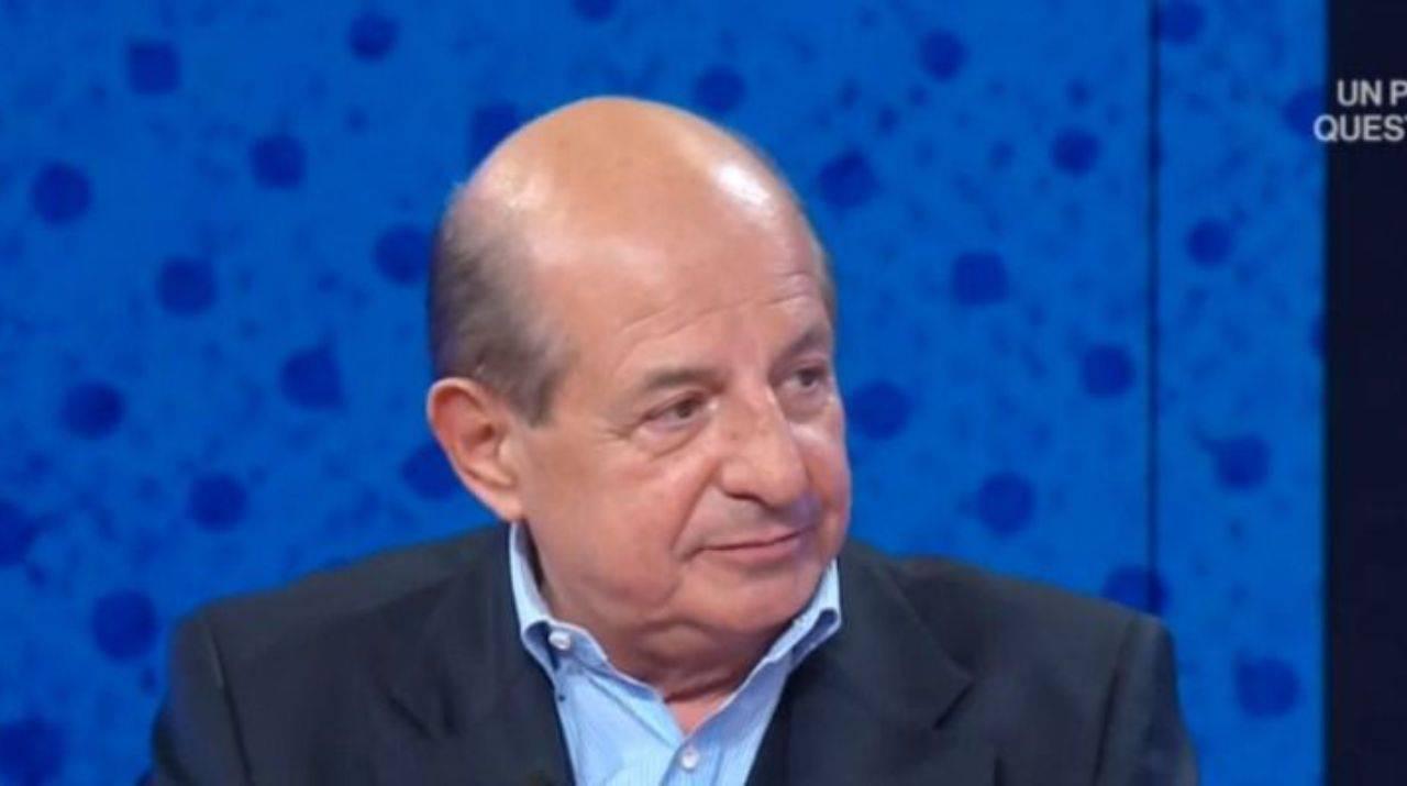 Giancarlo Magalli esagera in diretta tv e si lascia andare ad una battuta, Mary Segneri alza gli occhi al cielo