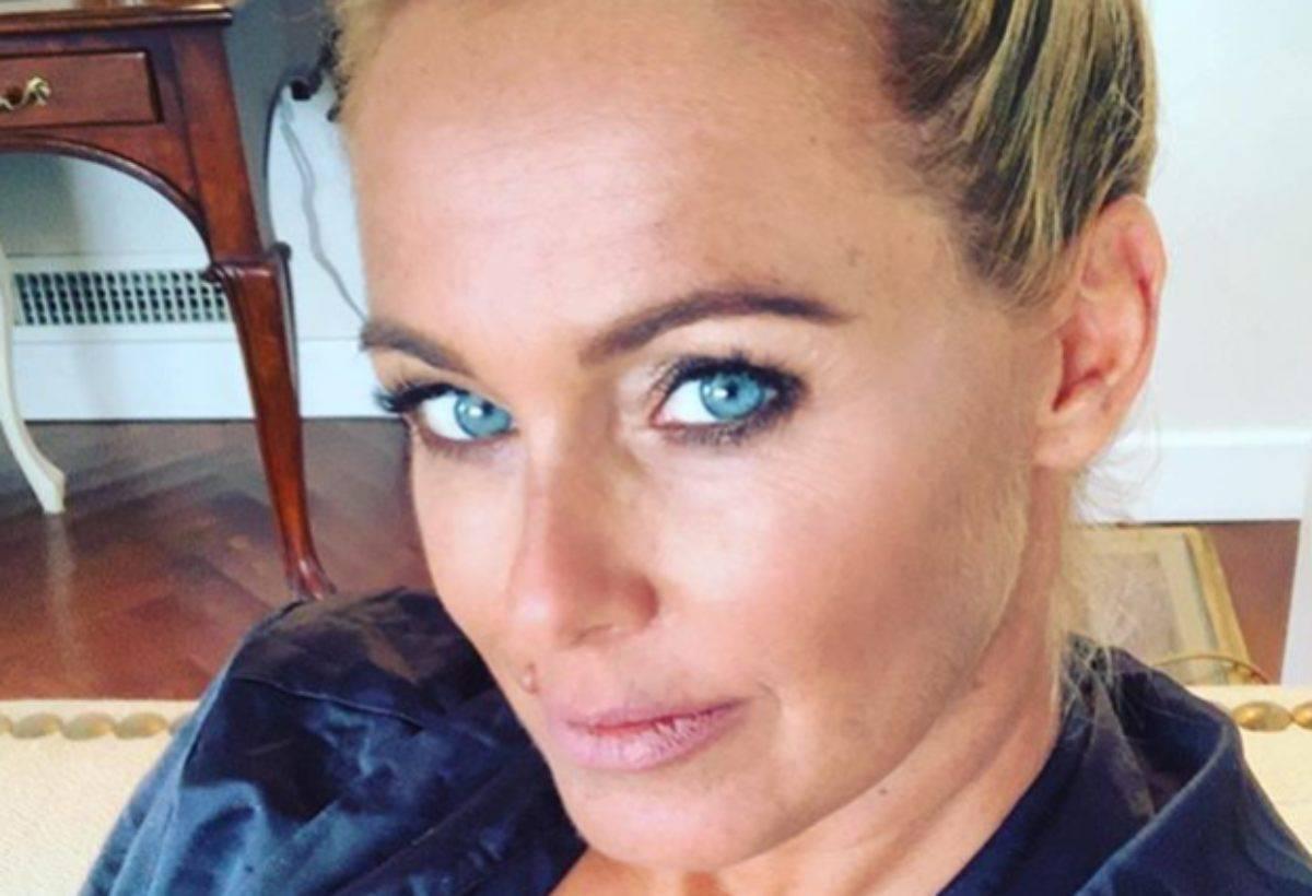 Sonia Bruganelli che lavoro fa la moglie di Paolo Bonolis?
