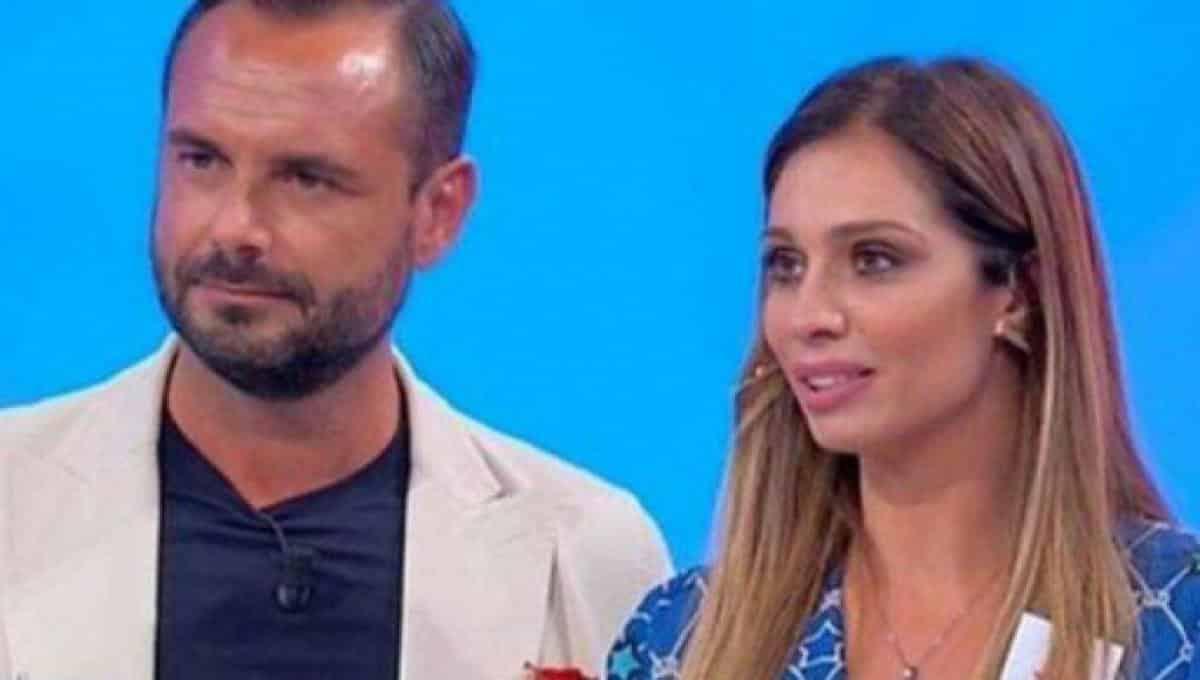 Uomini e Donne: Pamela Barretta, addio Enzo Capo: è Giovanni il suo nuovo amore (FOTO)