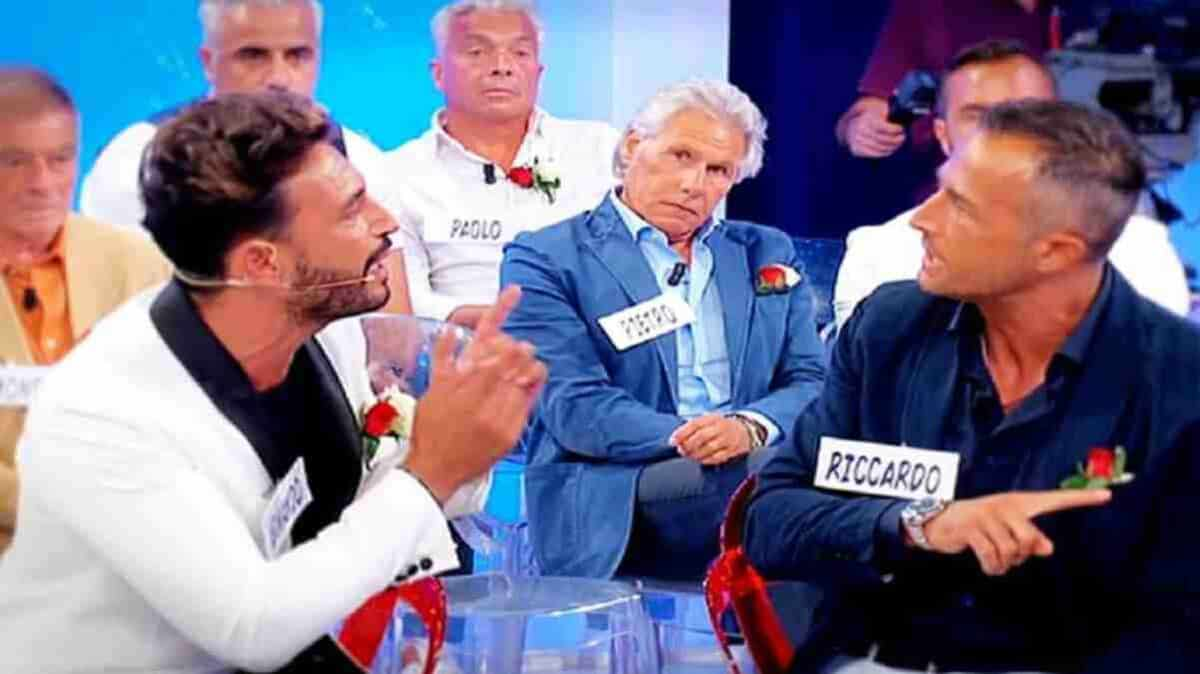 Uomini e Donne, anticipazioni oggi 20 novembre: scontro acceso tra Armando e Riccardo Guarnieri