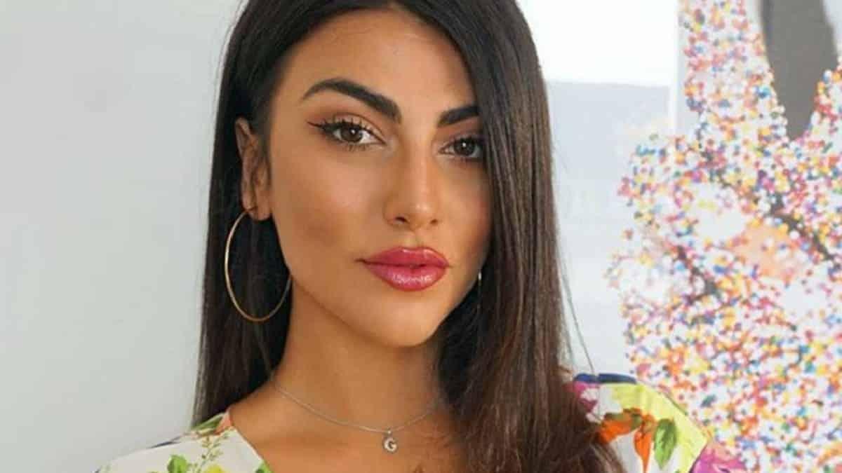 Giulia Salemi chi è la modella che ha conquistato Pretelli? Età, origini, lavoro, fidanzato e social