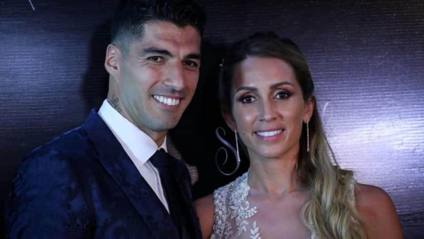 Luis Suarez chi è la moglie del calciatore? Si chiama Sofia Balbi, un amore nato a 13 anni
