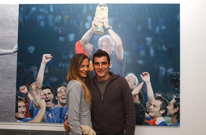 Nicola Ventola: chi è la moglie Kartika Luyet? Età, carriera, vita privata, figlio