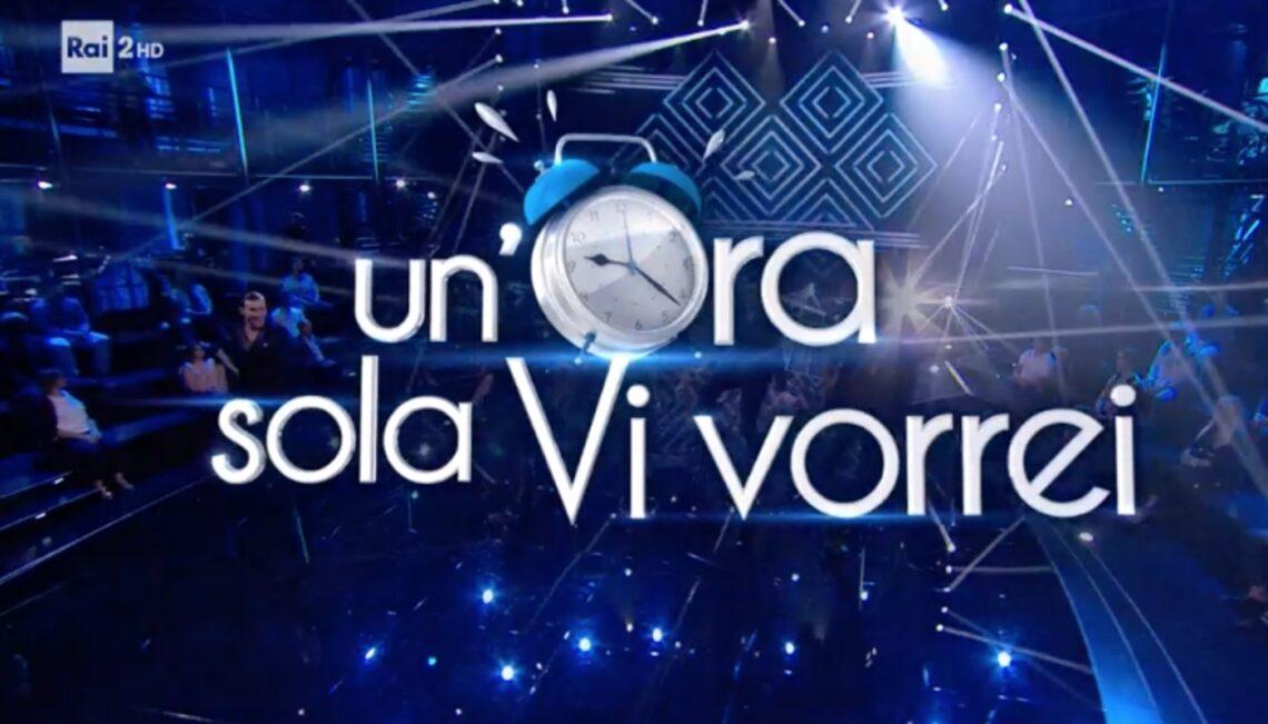"Enrico Brignano torna con Un'ora sola vi vorrei, al suo fianco Flora Canto ""col pancione"""